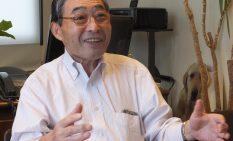 「引退後は夫婦で旅行を」と話す安藤さん