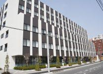 県道横浜厚木線沿いに完成した新病院