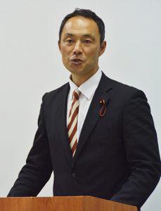 市長選への意欲を語る宮崎市議