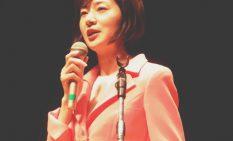 市内で講演を行った佐々木参議員