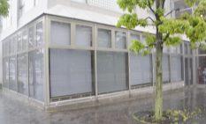 2つの通りに面した立地にある店舗(5月21日撮影)