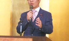 議長就任を報告する石川市議